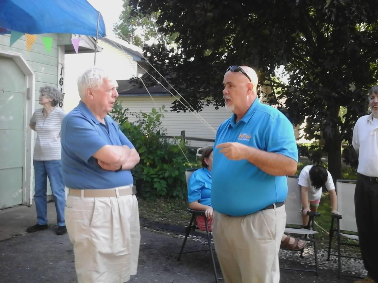 Jon Heyer meeting with voters.