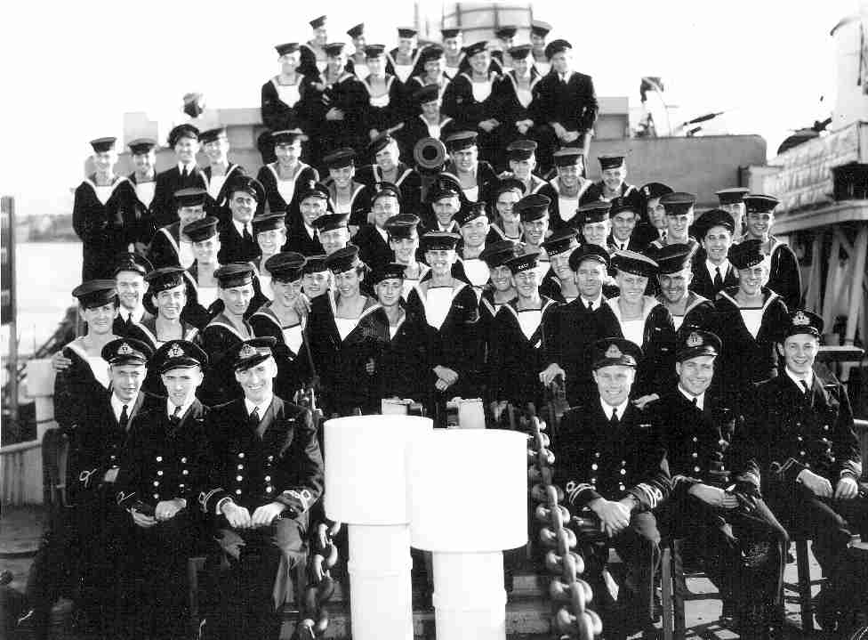Crew of the Shawinigan (Naval Museum of Manitoba Photo).