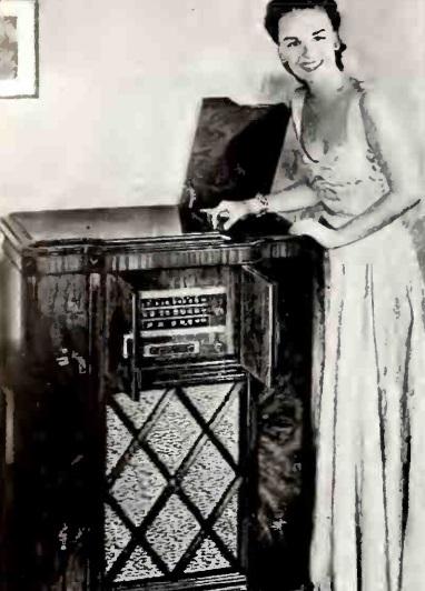 1940DecRadioToday